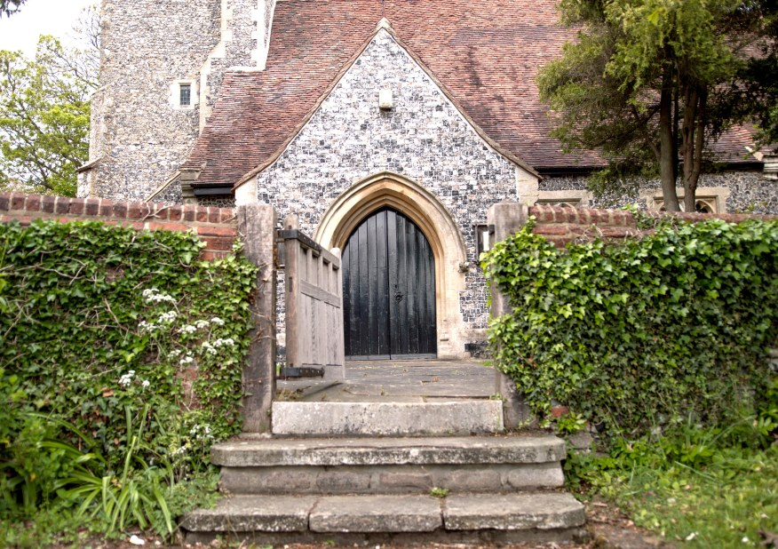 Luddesdown church - Front entrance compressed